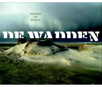 Boek met foto's Wadden 2014 van uitgeverij Scriptum