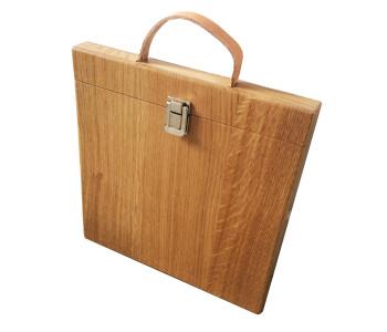 Stoere Studio Jasper iPad hoes van eiken hout met lederen handvat