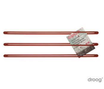 Rode straps als wandrek voor tijdschriften of kaarten