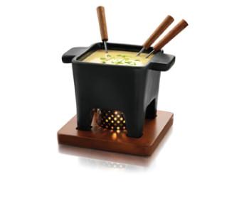 Kaasfondue maken met de Boska fondue set ook voor vleesfondue en chocoladefondue