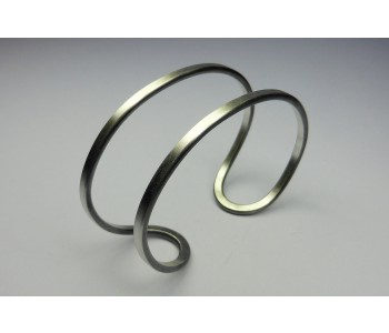 mat zilveren armband Yolanda Döpp handgemaakt dutch design sieraad