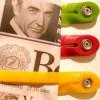 Strap groen van Droog Design voor tijdschriften of kaarten