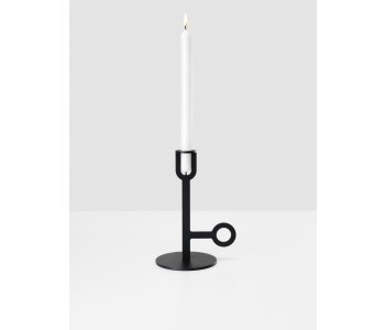 Carry On candle holder high in black