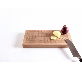 Small wooden cutting board Usuals