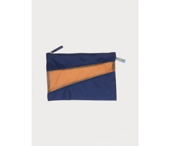 Pouch by Susan Bijl in blue camel
