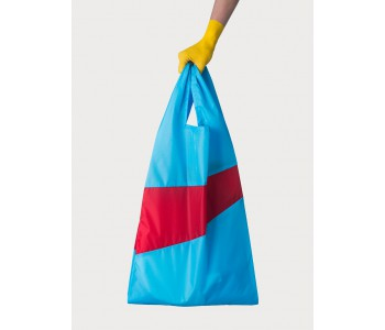 Hand bag in nylon blue and red