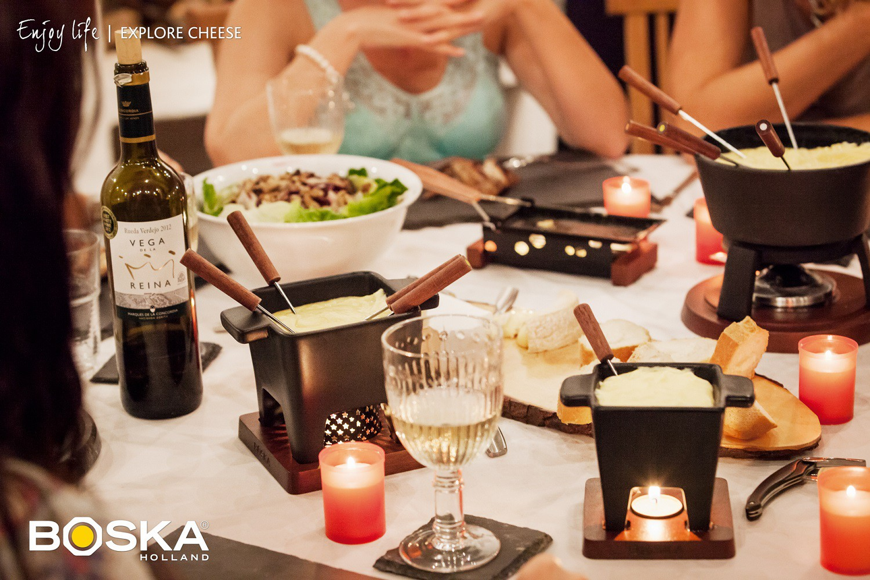 order a boska tapas cheese fondue set on. Black Bedroom Furniture Sets. Home Design Ideas