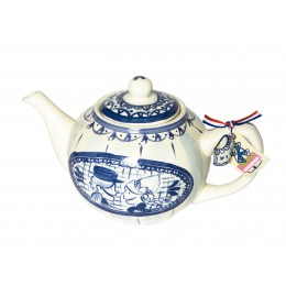 Teapot Delft Blond in blue white by Blond Amsterdam for a delicious cup of tea