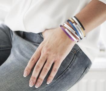 Armbanden A32 van Clic by Suzanne in verschillende kleuren bij shop.holland.com