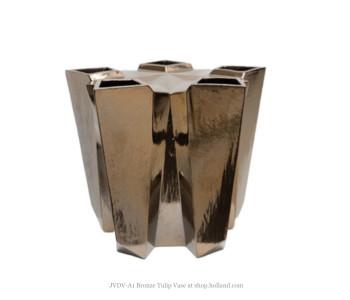 JVDV-A1 Tulpenvaas brons door Bas van Beek
