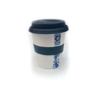 Coffee to go mug by Royal Goedewaagen in Delft blue at Holland Design & Gifts: original gift idea