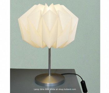Idris 003 Wit Tafellamp van Daniëlle Origami vind je bij shop.holland.com