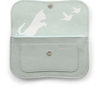 Portemonnee Cat Chase Medium van Keecie in Dusty Green; een kittig cadeau
