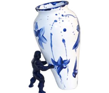 My Superhero vaas in eigentijds Delfts blauw koop je natuurlijk bij de nummer 1 winkel in Dutch Design shop.holland.com