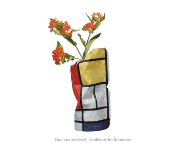 Paper Vase Cover Melkmeisje Vermeer van Pepe Heykoop en Tiny Miracles Foundation