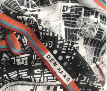 Stadssjaal met plattegrond van Den Haag - leuk relatiegeschenk