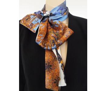 Zijden sjaal voor vrouwen in de typisch Hollandse kleur Delfst blauw