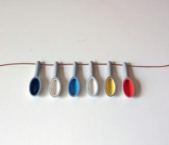 wOrk Spoon hangers van gekleurd porselein: cadeautje voor moeder of voor valentijn