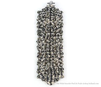 The Wide armband in design Pied de Poule koop je bij shop.holland.com