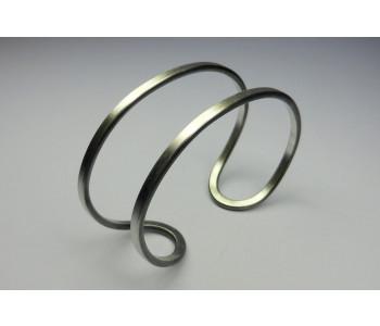 Mat zilveren armband van Döpp sieraden zijn handgemaakt: bijzonder cadeau idee