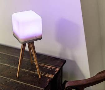 Cool: Lucis wireless LED lamp bij shop.holland.com