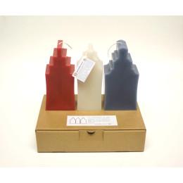 Design kaars grachtenpand van Atelier OZO in rood wit en blauw