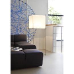 Lotek Classic vloerlamp van het merk Hollands Licht voor een modern interieur