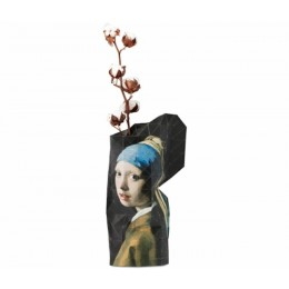 Paper Vase Cover Melkmeisje Vermeer van Pepe Heykoop en Tiny Miracles Foundation
