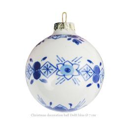 Kerstbal 7 cm wit met Delfts blauw bloemetje van Royal Delft