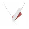 De fraaie Clic ketting C183 combineert zilver met rood in een asymmetrisch ornament.