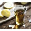 Deukglas met citroenlimonade