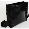 Binnenzijde van de Remo schoudertas heeft een groot opbergvak en een klein vakje voor je iPhone