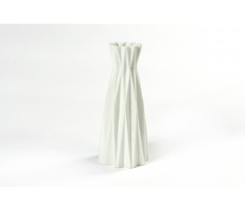 Origami vase fair trade white forward