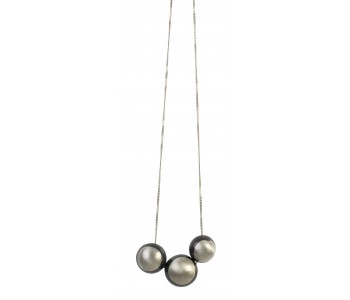 70 cm necklace with 3 chestnuts or acorns in 925 silver with black
