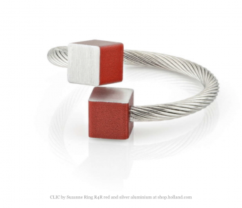 CLIC by Suzanne ring R4R rood en zilver aluminium one size fits al bij shop.holland.com