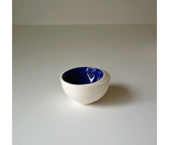 Flow Bowl ceramic vases and bowls by Olav Slingerland.