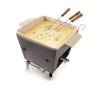 Outdoor cheese fondue, fondue