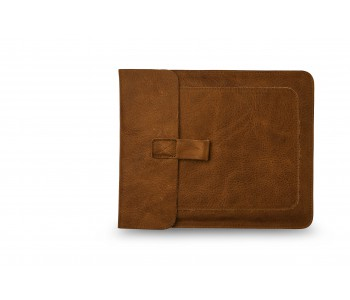Leather iPad sleeve Couch Potato by Keecie in the color cognac