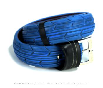Pants up riem van fietsband blauw Large 100 cm met gebruikt ijzeren gesp