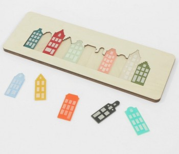 Cre8 Amsterdam canal house puzzle made of laser cut plexiglass and birch plywooden - original gift for kids