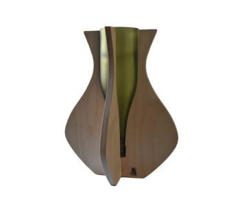 Vaas Proost type B is van gerecycled hout en wijnflessen