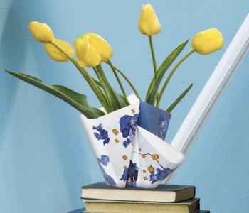 Folding Vase Gold BY HENDRIK 2