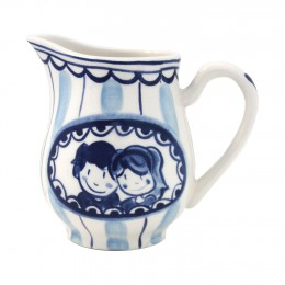 Milk Jug Delft Blond by Blond Amsterdam in blue white; the perfect wedding gift