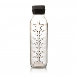 The Iced Carafe by Royal VKB is the ideal solution for serving chilled drinks.