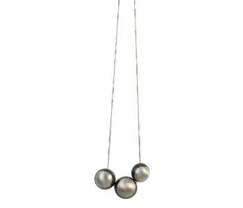 Kette von 70 cm mit 3 Kastanien oder Eicheln in 925 Silber mit Schwarz
