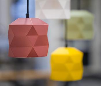 No. 19XL Industriële hanglamp licht grijs uit PET-vilt van Olaf Weller