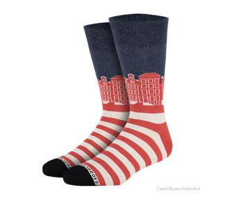 Grachtenpanden sokken rood van Heroes on Socks - maat 36-40