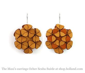The Maxi's oorbellen in oker Scuba suède - cadeau voor haar