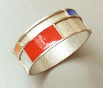 Prachtig bewerkte massief zilveren armband: cadeau ter ere van 100 jarig jubileum Mondriaan tot Dutch Design