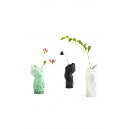 Paper Vase Cover von Pepe Heykoop und Tiny Miracles Foundation